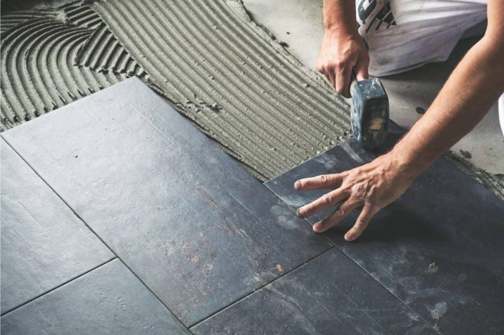 kitchen floor tiles staggered