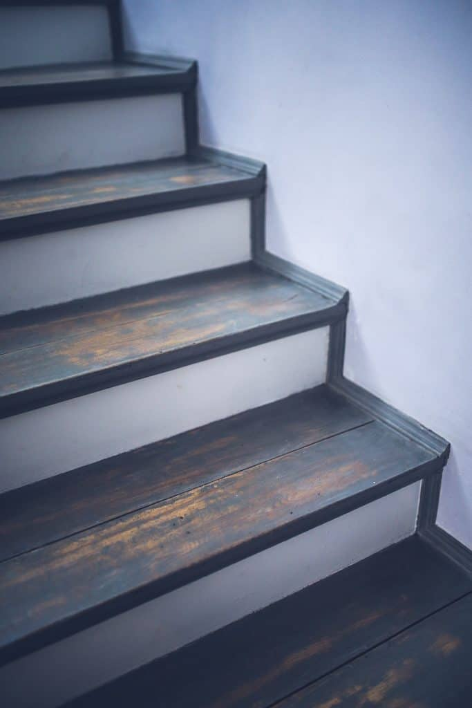 how to install vinyl flooring stairs