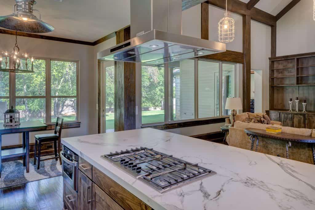 do kitchen islands add value