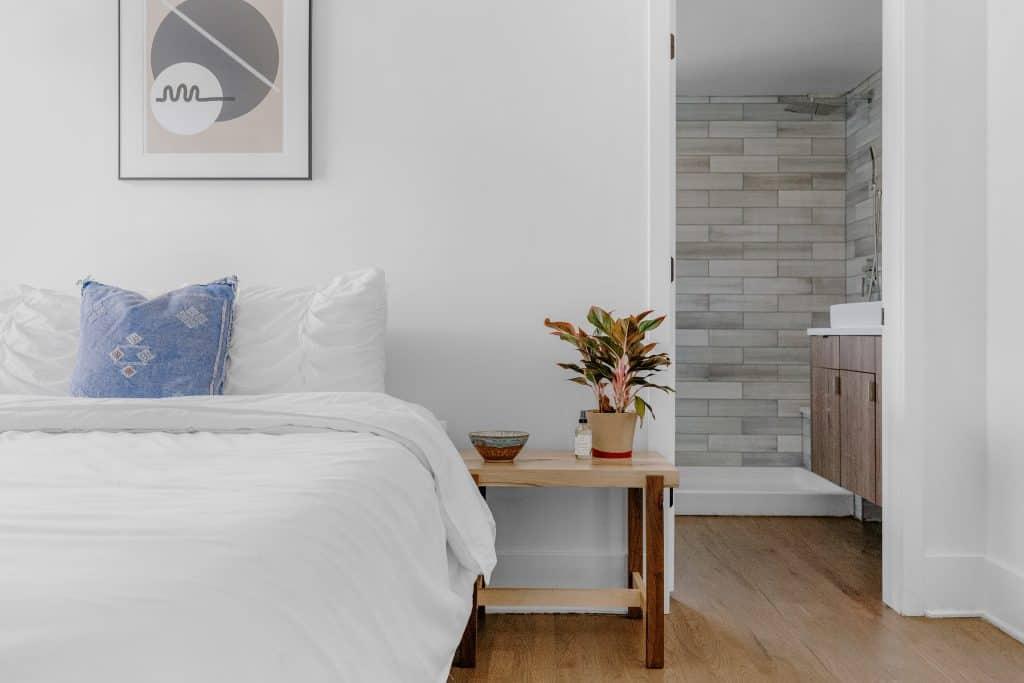 Is Vinyl Flooring Good for Bedrooms