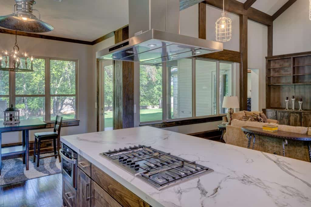 do kitchen islands add value