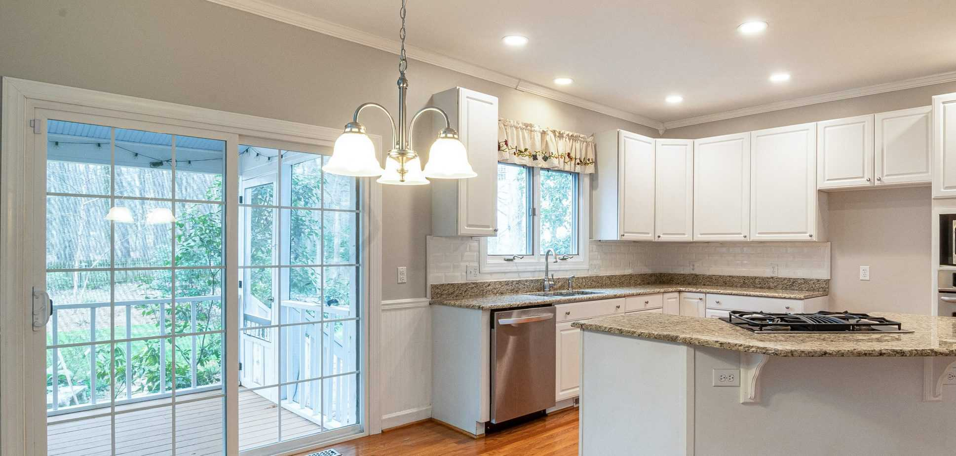 Should Kitchen Windows Have Curtains Best Home Fixer