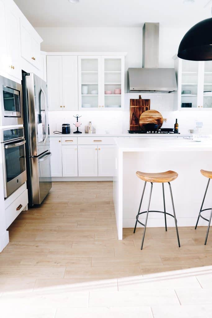 should wood floors match kitchen cabinets