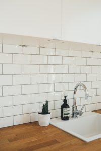 should kitchen grout be sealed