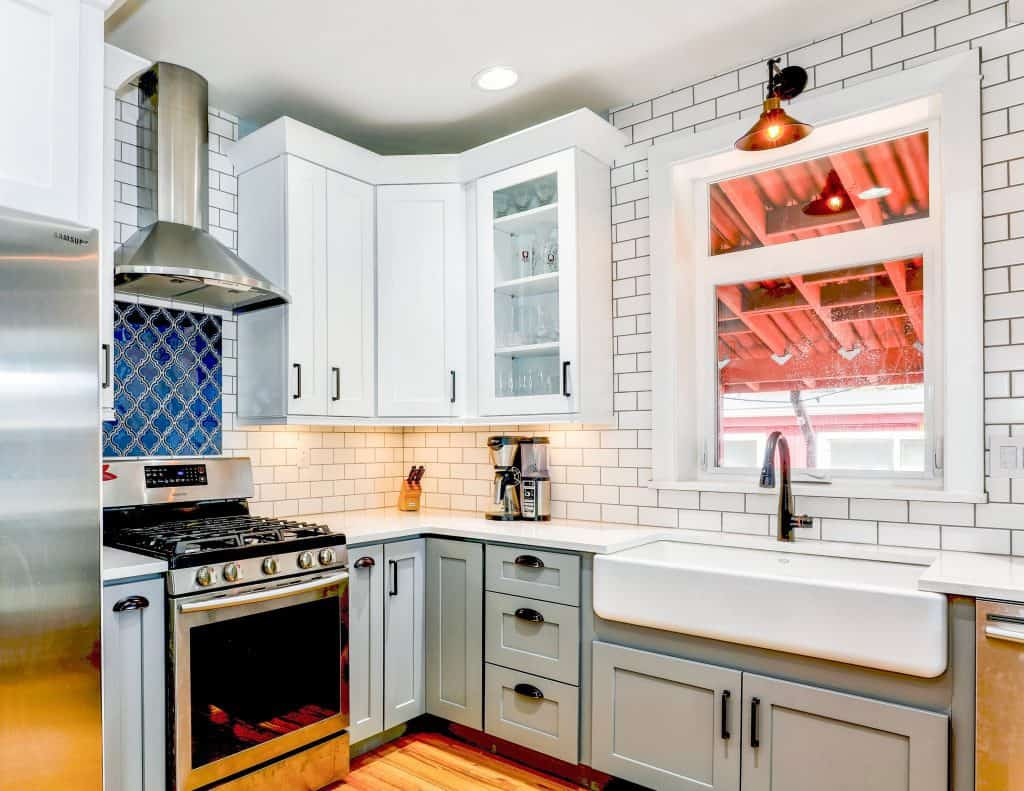 Do Kitchen Knobs Have to Match Faucet