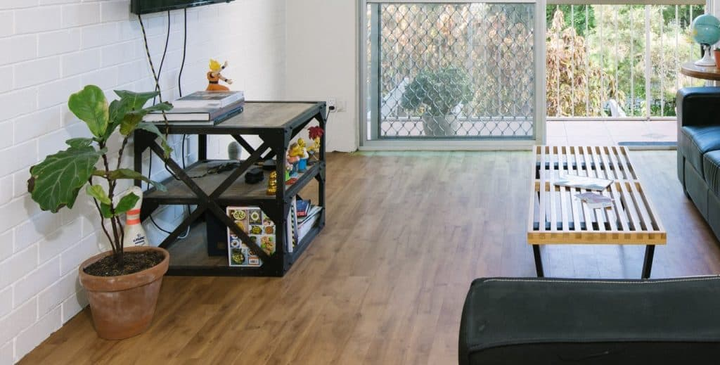Is Vinyl Flooring and Laminated Flooring the Same
